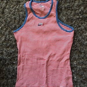 Nike youth girls tank top. Size Youth XL